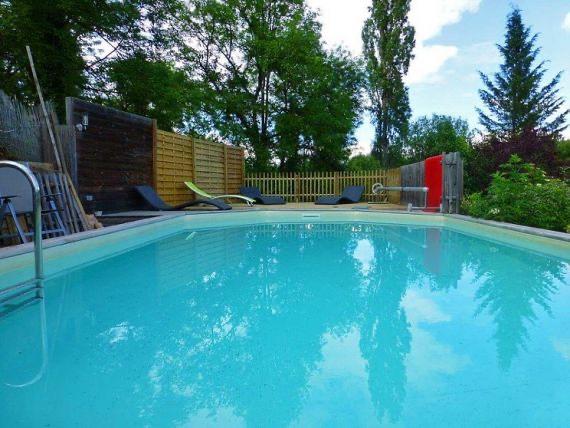 Immobilier figeac art et maisons 995 magnifique for Camping figeac avec piscine